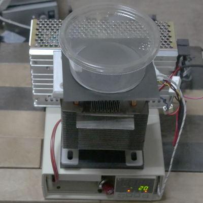ペルチェ冷却機.JPG